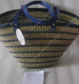 Seagrass basket with ellipse base VNH0030