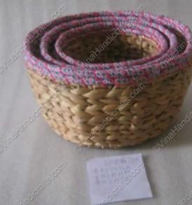 Rổ bèo đan quấn vải hồng VNH0037