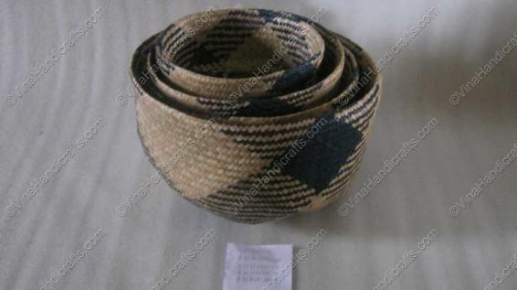 Rổ đan cói dập họa tiết xanh VNH0044