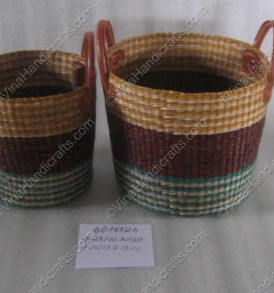 Seagrass basket with colorful strips VNH0066