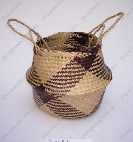 Giỏ đan cói dập họa tiết màu đen VNH0102