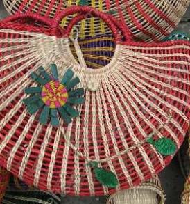 Túi cói đính hoa màu VNH0172